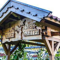 Eingang zum Weingarten am Gielerhof